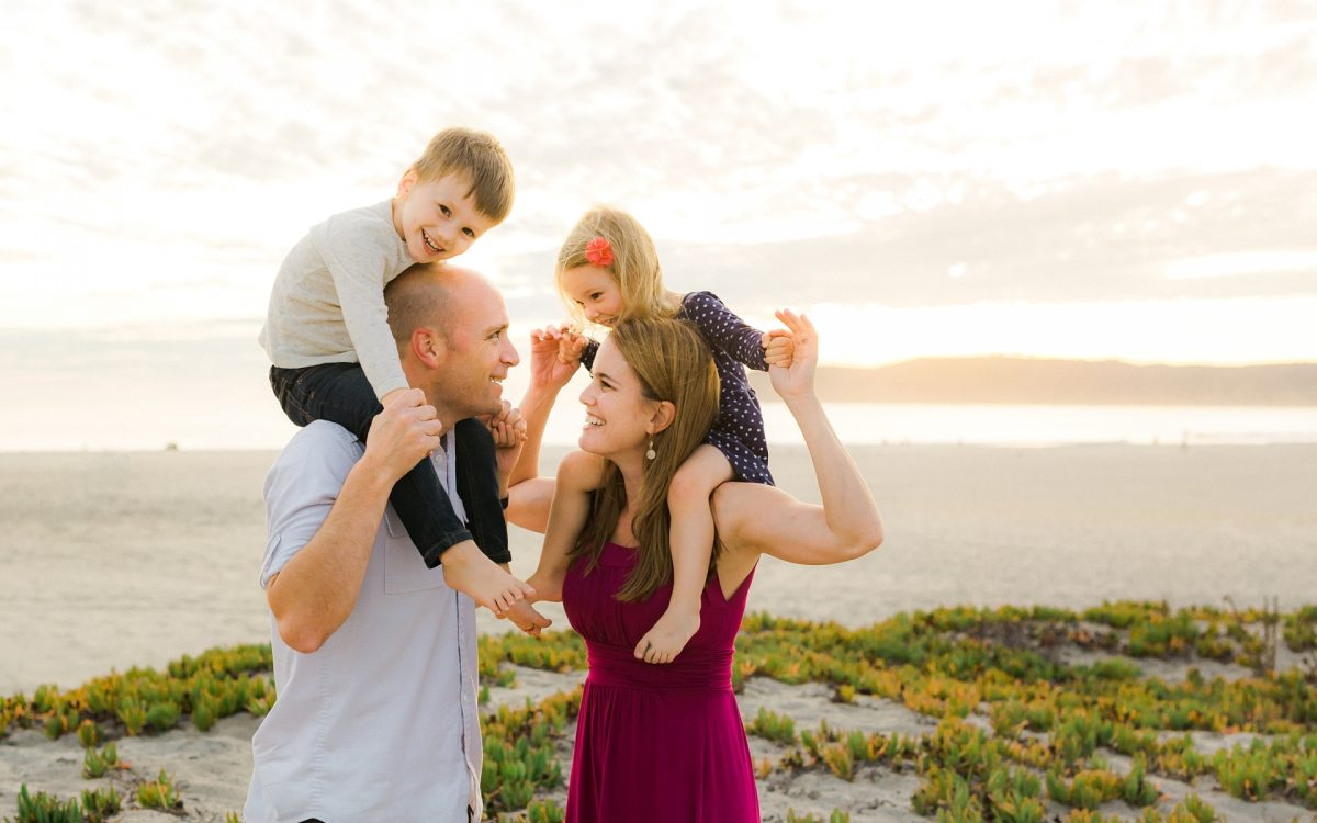 San Diego Family Photographer | Client outdoor nature session guide:  What to wear and how to make the most of your family session